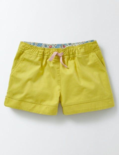 Heart Pocket Pull-on Shorts Sweetcorn Girls Boden, Sweetcorn.