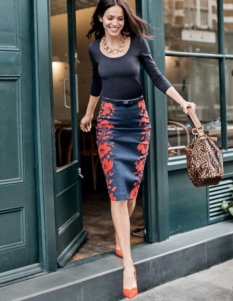 Richmond Pencil Skirt - Navy Poppy Placement