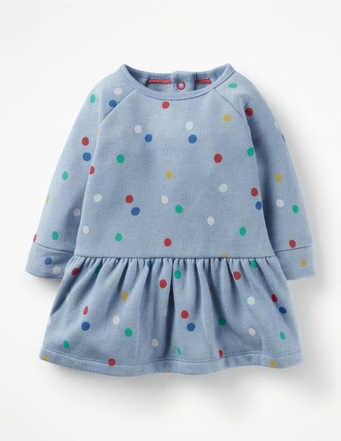 Farbenfrohes gemütliches Kleid