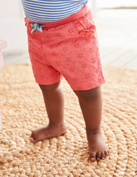 Woven Broderie Shorts - Rosette Pink