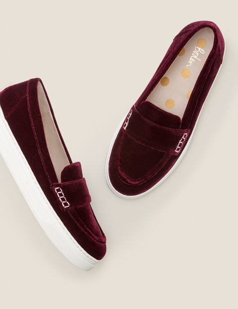 Slip-On Trainers - Ruby Ring