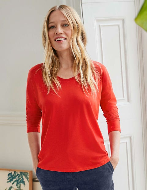 Supersoft Relaxed Voop Tee - Post Box Red