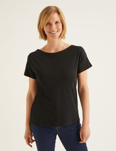 superweiches shirt mit u boot ausschnitt schwarz boden de. Black Bedroom Furniture Sets. Home Design Ideas
