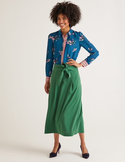 The Silk Shirt - Country Posy