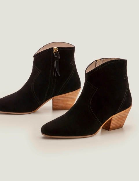 Northumbria Ankle Boots - Black