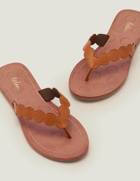 Harriet Flip Flops - Tan