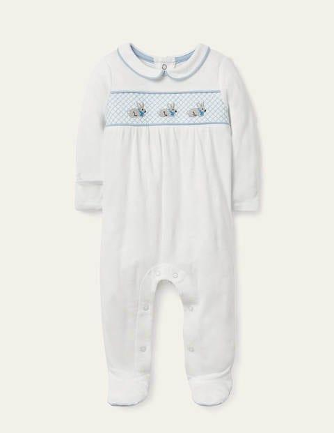 Gesmokter Schlafanzug aus Biobaumwolle - Naturweiß, Häschen