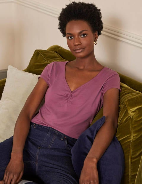 Supersoft Ruched V-neck Tee - Figgy Pudding