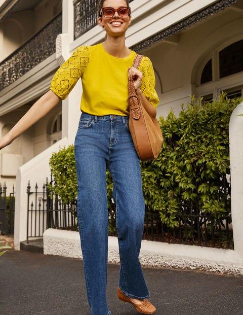 Jeans mit lockerem Bein