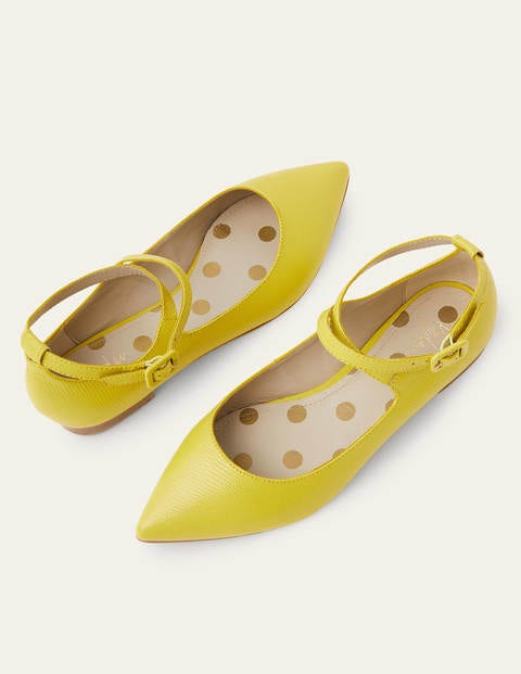 60s Fancy Dress and Quality Clothing 1960s UK Flora Flats Yellow Women Boden Yellow £98.00 AT vintagedancer.com