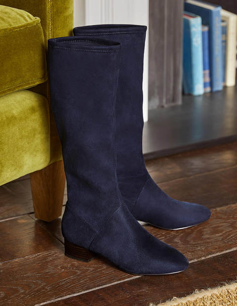 Flat Stretch Boots