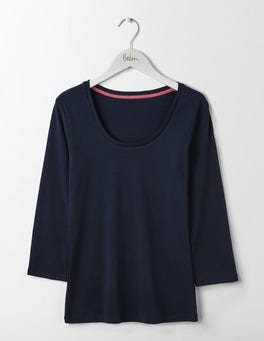 Navy Essential Scoop Neck Tee