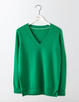 Meadow Green Cashmere Relaxed V-Neck Jumper