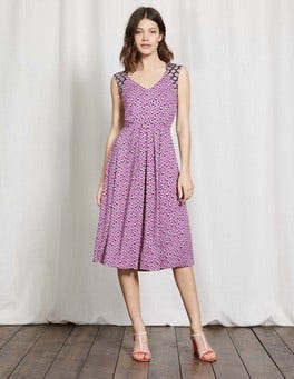 Wisteria Bloom Graphic Floral Gwendolyn Jersey Dress