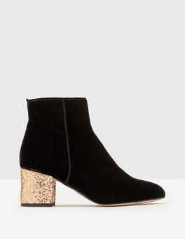 Lana Boots