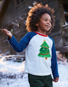 Festive Superstitch Raglan