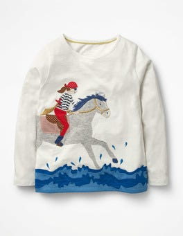 Ivory Horse Dazzling Performer T-shirt