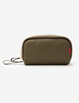 Chapman Washbag