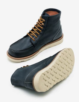 Navy Leather Leather Chukka Boots