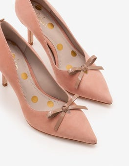 Cremerosa Eleanor Pumps