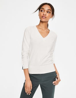 Ivory  Tilda V-neck Jumper