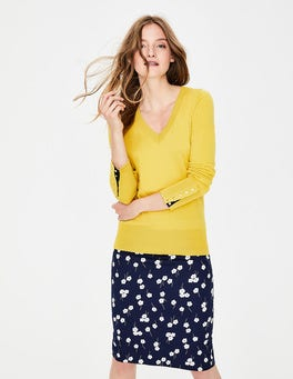 English Mustard Tilda V-neck Jumper