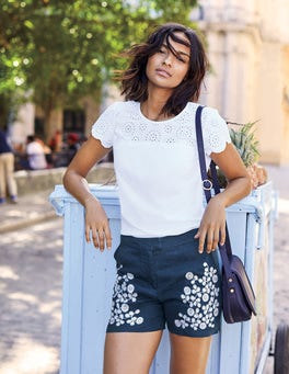 Nadia Shorts
