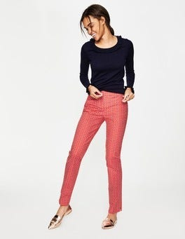Red Pop, Glasses Richmond Trousers