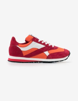Raspberry Walsh Trainers