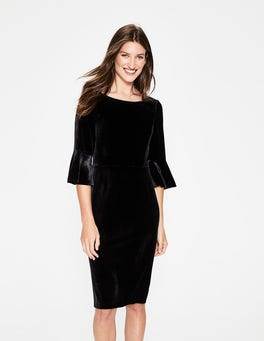 Black Aubrey Velvet Dress