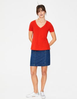 Red Pop The Cotton V-neck Tee
