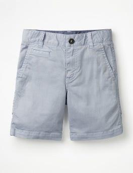 Helles Himmelblau Chino-Shorts
