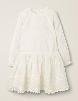 Naturweiß Kleid mit Lochstickerei