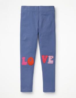 Gedecktes Schwertlilienviolett, LOVE Leggings mit Applikation
