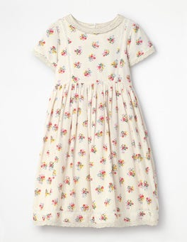 Vintage Bloom Nostalgic Printed Dress