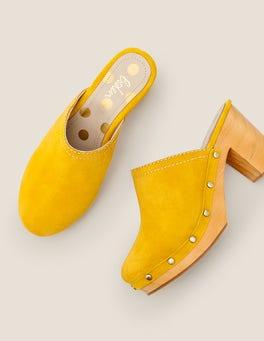 Saffron Claudette Clogs