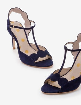 Navy Cecile Pumps