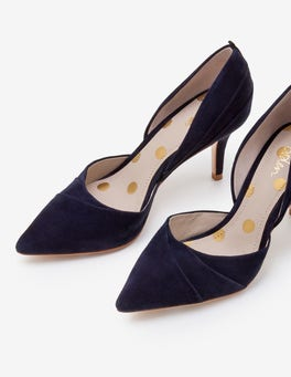 Navy Henrietta Courts