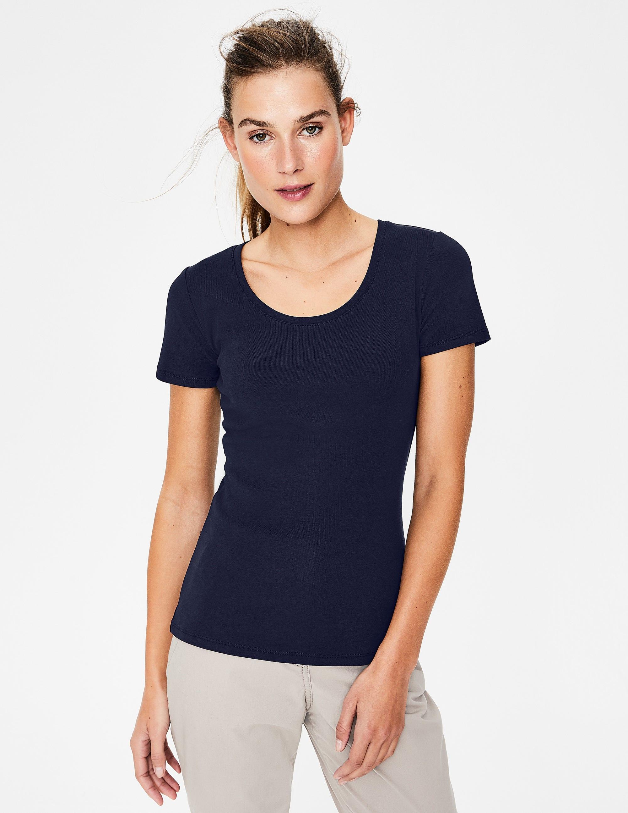 d66a272060c1 Essential Short Sleeve Tee - Black | Boden US
