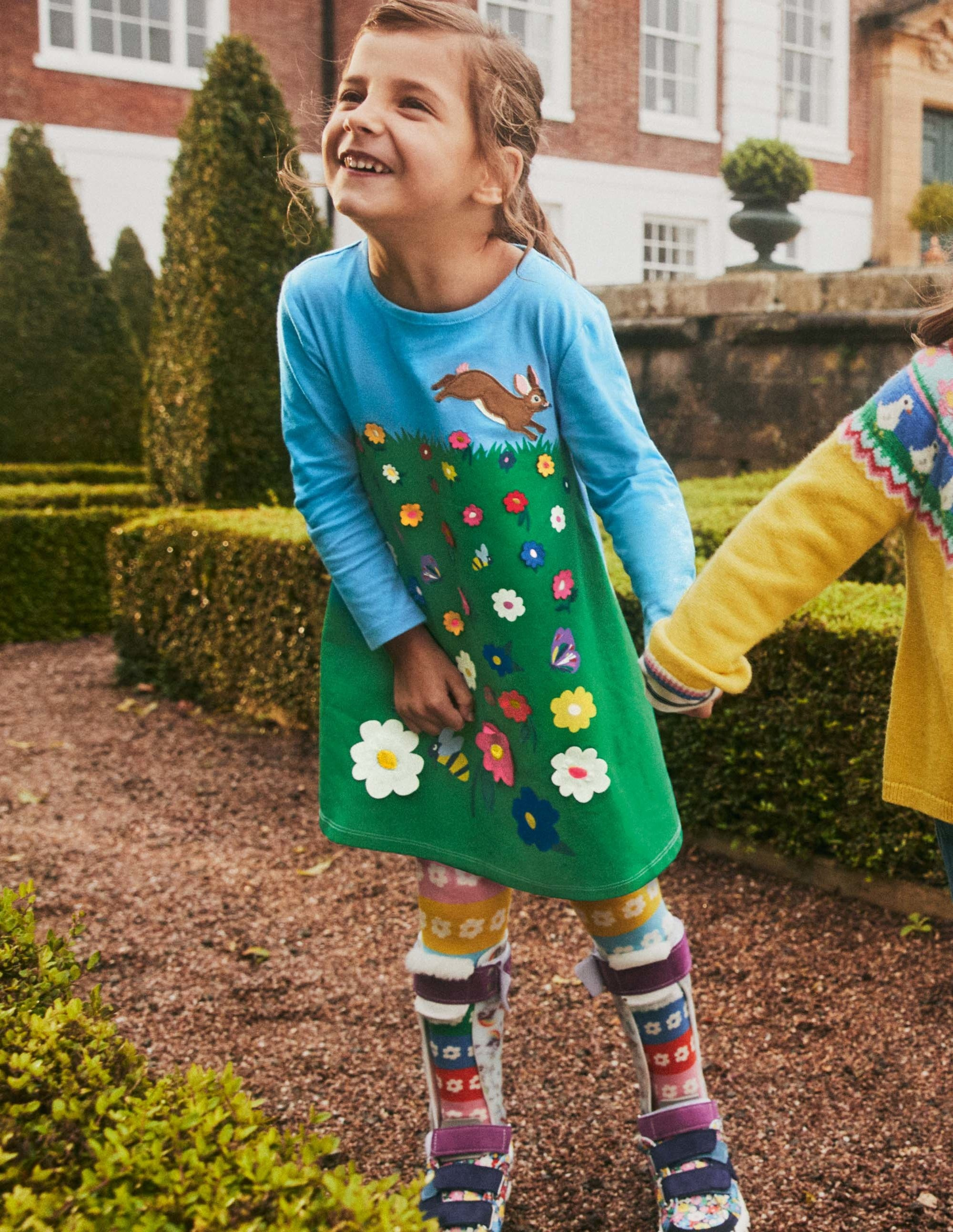 Boden Big Applique Dress - Meadow Green Flower Scene