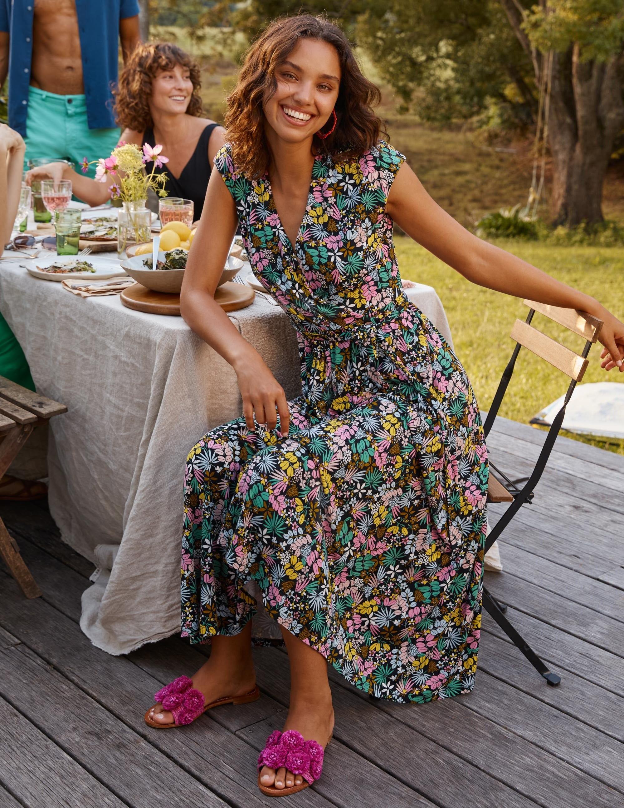 Boden Eleanor Jersey Midi Dress - Black, Jungle Floral