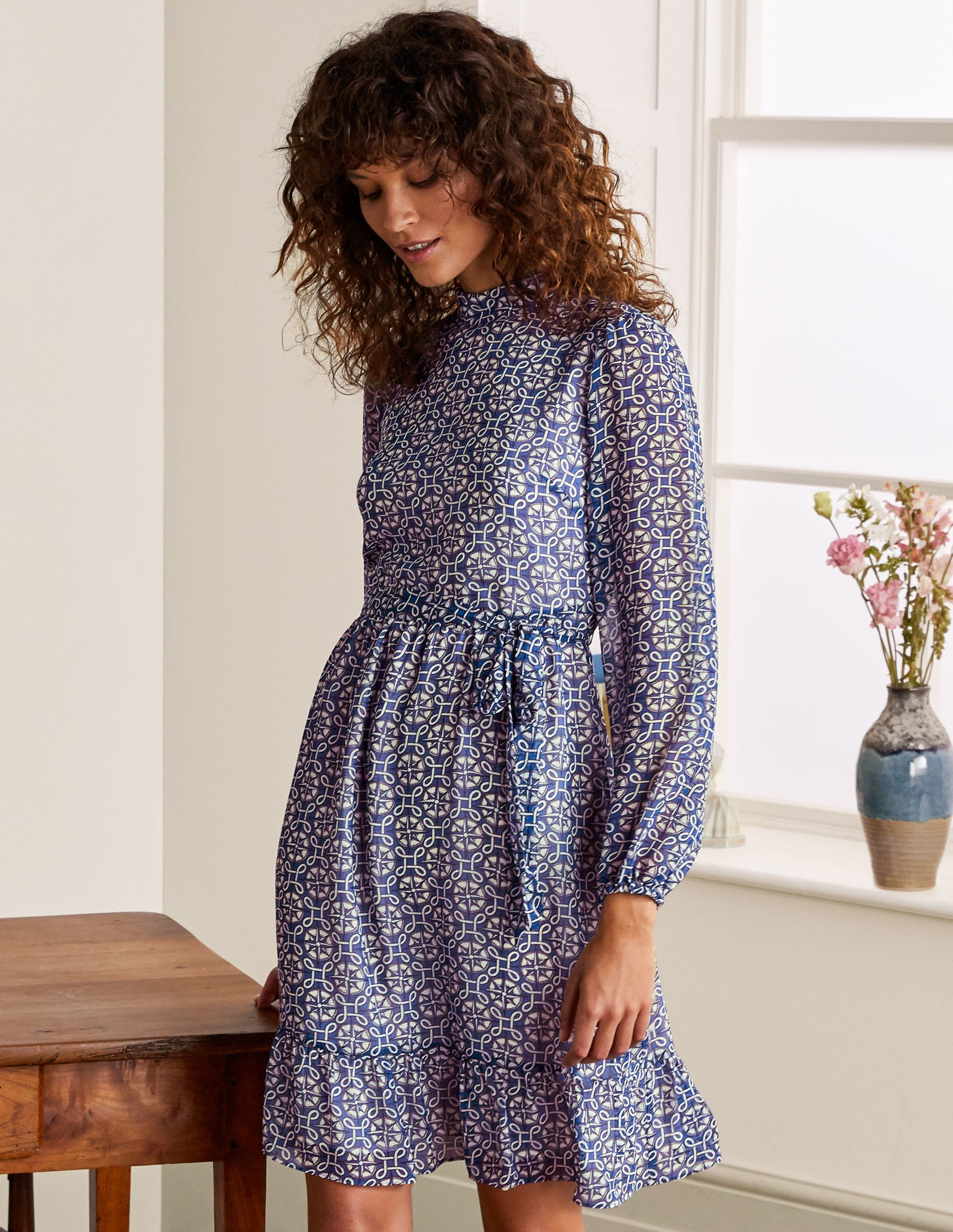 Boden Lottie Belted Dress - Summit, Compass Knot
